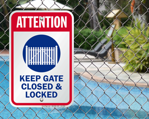 Keep gate closed and locked sign