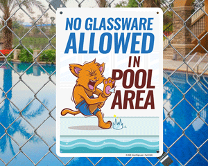 No glassware allowed in pool area sign